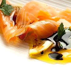 Smoked salmon with Modena Balsamic Vinegar