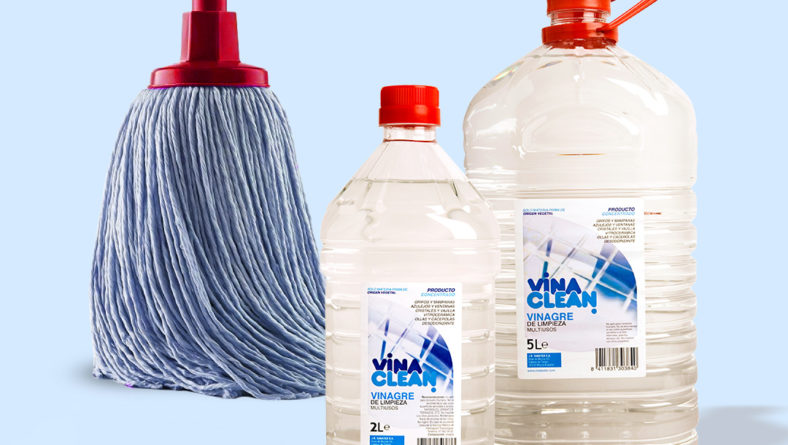 Vinaclean cleaning vinegar for your home | MerrySab